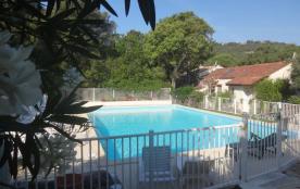mini villa 6/8 pers dans résidence avec piscine