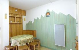 Appartement studio de 28 m² environ jusqu'à 4 personnes.