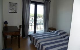 Chambre lits jumeaux (2 x 90x190 cm), vue port