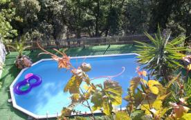Villa avec piscine,en pleine nature, au calme et proche des centres d'intérêt de la Côte d'Azur