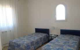 Chambre Azur 2 couchages en 90 ou 1 couchage en 180