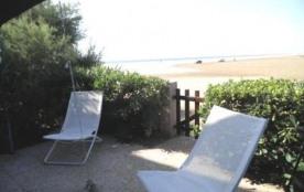 Gruissan (11) - Ayguades - Résidence Les Mers du Sud.