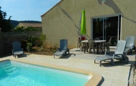 Villa avec piscine à Argeliers - Une toute nouvelle villa dans le village Argeliers. Dans le vill...