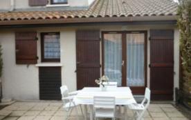 Résidence Les Rives de Capbreton - Villa-patio de 38 m² environ pour 4 personnes située à 1500 m ...