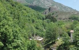 Camping *** - Ardèche Sud en bord de rivière (et non inondable!)