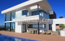 A louer villa pour 8 personnes (WIFI) avec impre
