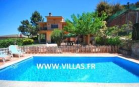 Villa CV Tata - La villa CV Tata se trouve dans une urbanisation appelée Montbarbat à Vidreres.