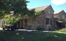 Le Tilleul - En Cévennes, à 10 minutes des Vans, joli gîte en pierre dans un environnement calme ...