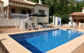 Location jolie villa avec piscine privée