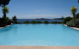 grande villa vue mer exceptionnelle, piscine sécurisée | plage 200m