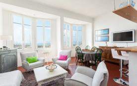 squarebreak, Captain´s apartment near Cannes