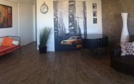 Décoration moderne avec de l'espace