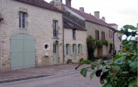 Maison indépendante rénovée dans un ancien corps de ferme bourguignone