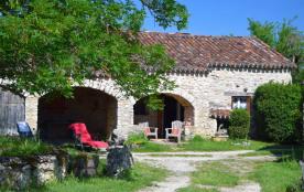 Gîte 3* indépendant sur le causse, ancienne ferme typique près de Cahors et St Cirq Lapopie
