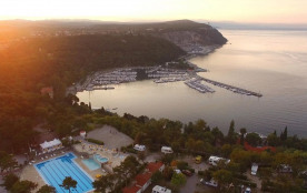 Camping Village Mare Pineta, 340 emplacements, 110 locatifs