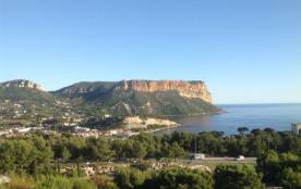 Splendide vue sur la mer et le cap Canaille, très belle résidence