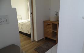 Salle de douche + WC de la suite 'chocolat'