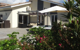 Villa 5 chambres piscine 26°et spa 37°