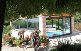 Maison neuve indépendante, de plain pied climatisée proche du village médiéval avec piscine privé...