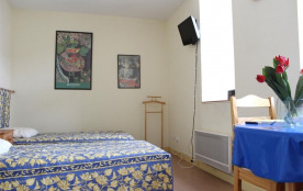 La Rochelle (17) - Centre ville - Impasse tout y faut. Appartement 1 pièce - 23 m² environ - jusq...
