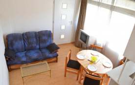 Cap d'Agde (34) - Quartier Des Falaises - Résidence Aigues Marines. Appartement 2 pièces mezzanin...