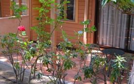 Location appartement T2 de 32 m² avec balcon ou terrasse aménagée (rez-de-chaussée ou côté jardin...