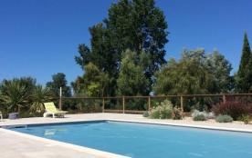 maison de caractère rénovée dans belle propriété 1ha2 avec piscine chauffée proche Blaye et Estuaire de la Gironde - ...