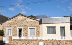 N°839 - Jolie maison en pierre de plain-pied conf