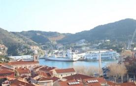 FR-1-309-122 - Appartement vue sur le Port de Port-Vendres et la mer, avec place de parking et ba...