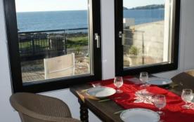 Maison individuelle avec vue mer et accès à la plage et au GR34.