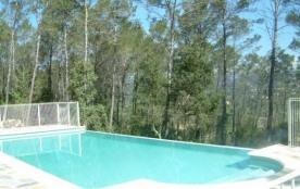Magnifique villa de luxe située dans un quartier paisible près de Lorgues.