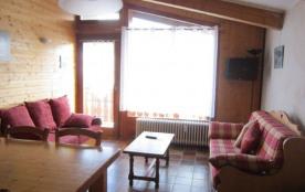 F5 - Appartement 5 pièces d'une superficie de 83 m² (sous la pente du toit, hauteurs inférieur à ...