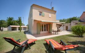 Gîtes de France - Belle maison indépendante bien aménagée et équipée avec terrasse.