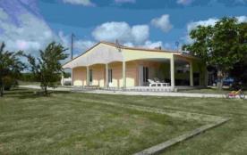 maison dans domaine viticole - Saint-Vivien-de-Blaye
