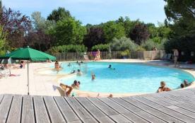 Camping Indigo Forcalquier, 130 emplacements