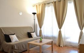 Cap d'Agde (34) - Quartier Centre Port - Résidence Saint-Clair. Appartement studio - 18 m² enviro...