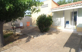 Locations vacances : Jolie maison entièrement refaite pouvant accueillir 4 personnes au calme.