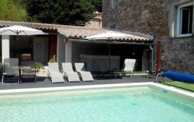 Gite  avec piscine  et spa  pour 8 personnes dans les Cévennes. - Saint Jean du Gard
