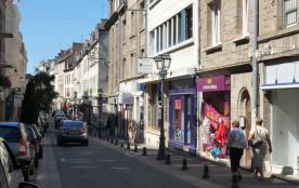 Rue Villepépin, 250 commerces, parking gratuit
