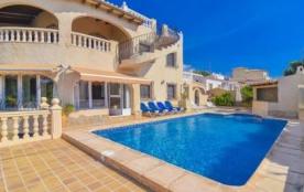 Belle et agréable villa pour 10 personnes avec piscine privée.