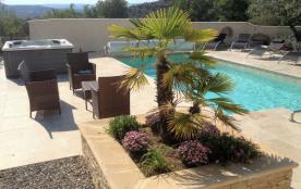 piscine et jacuzzi