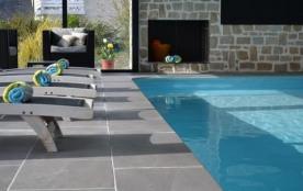 Callot est une agréable location de très grand confort à 2 pas de la plage avec piscine couverte ...