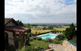 Appartement avec piscine, terrasse près de Gaillac.