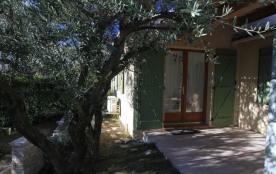 Apartment à LA MOTTE D'AIGUES
