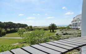 Appartement deux pièces cabine de 36 m² environ pour 6 personnes, le quartier calme de la plage s...