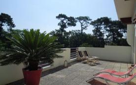 Agréable appartement à côté de la plage des chênes lièges, proche du centre ville pour 4 personnes.