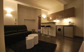 Studio 23m² centre Cannes - 500m CROISETTE, PLAGES & PALAIS / 1er étage