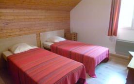 chambre N°4 :2 lits simples à l'étage