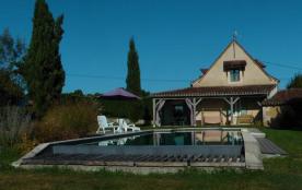 Detached House à ISSAC