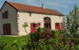 Deux gites, 9 chambres, 29 places, près de Bourbon l'Archambault, Auvergne. Mini golf Mini-cures, Thalasso, golf, nature